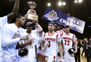 louisville-cardinals-ncaa